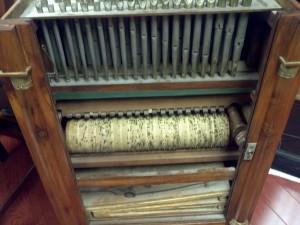 barrel organ9