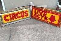 sideshow circus alive animated signs8