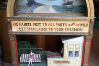 store display animate parcel post 3