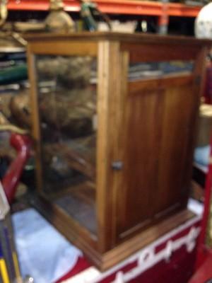 cabinet bread 1
