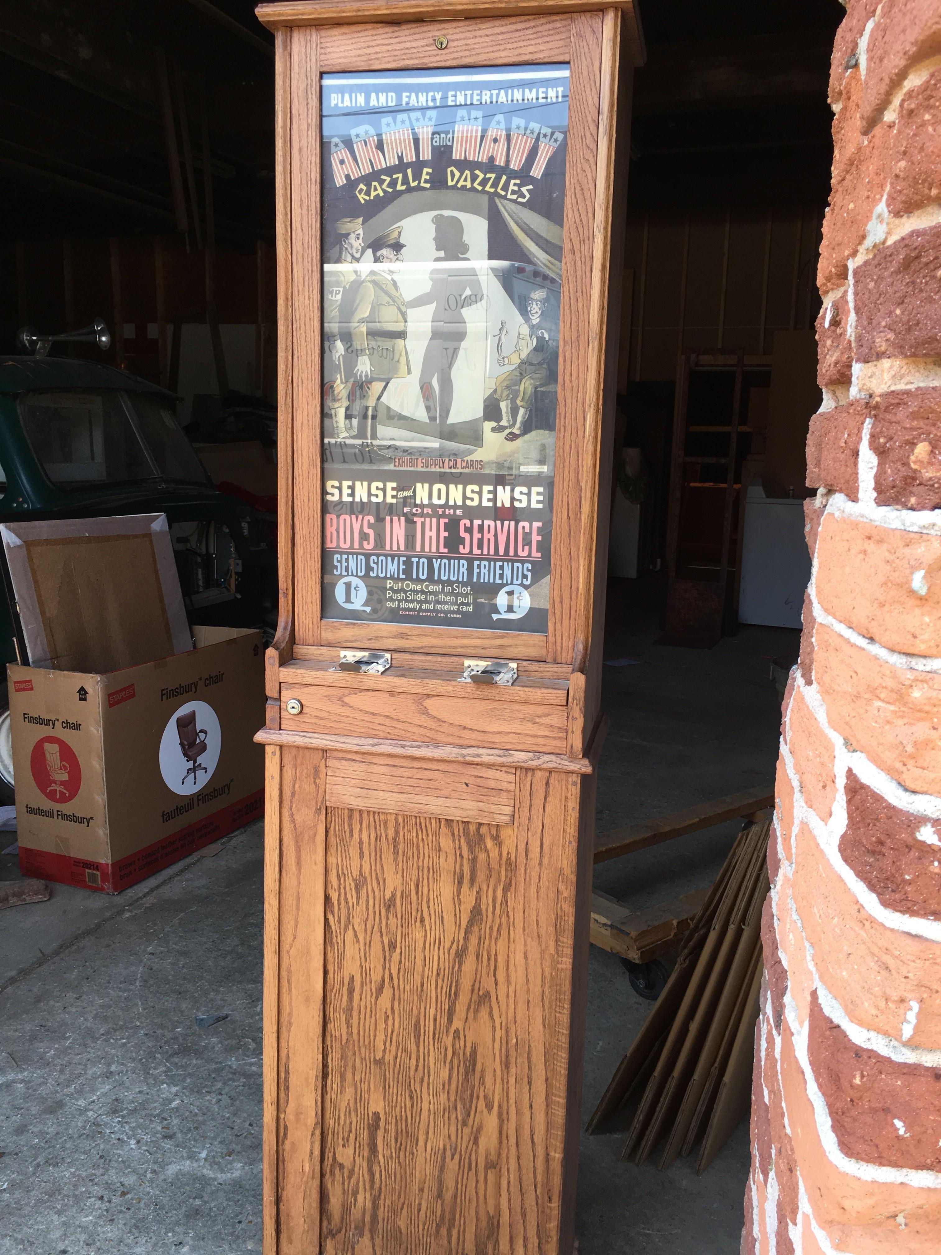 card vendor penny arcade exhibit supply