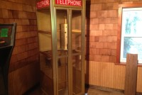 phone booth gold 1