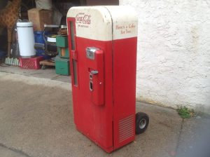 coke machine vendo 81 8