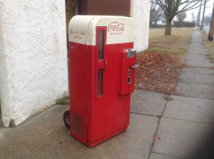 coke machine vendo 81 9