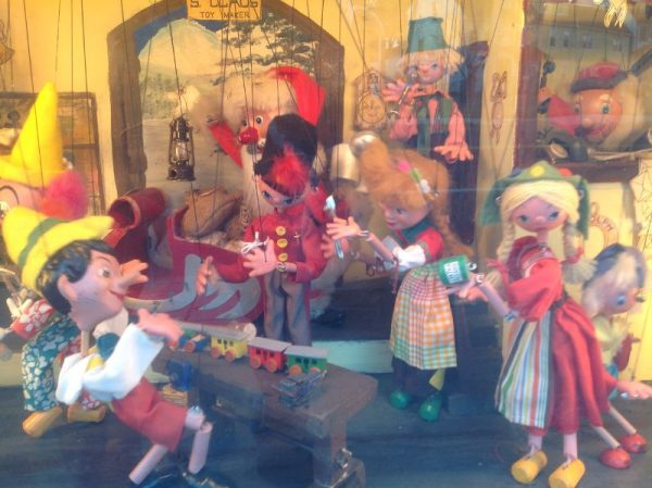 Store Window Christmas Decorations