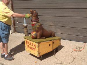 seal amusement park metal