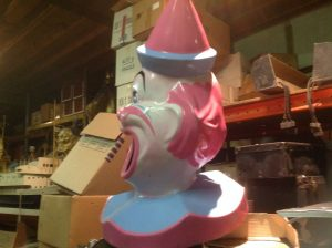 clown trash can cover 2017 1