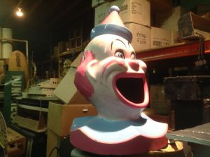 clown trash can cover 2017 4