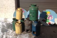 milk cans 1