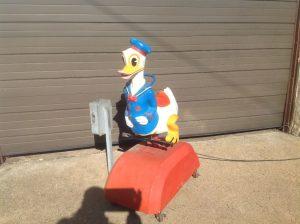 donald duck kiddie ride 1