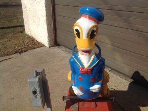 donald duck kiddie ride 7