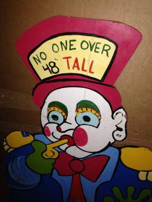 clown height sign