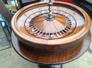 roulette wheel & table 3