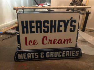 hershey sign double 1