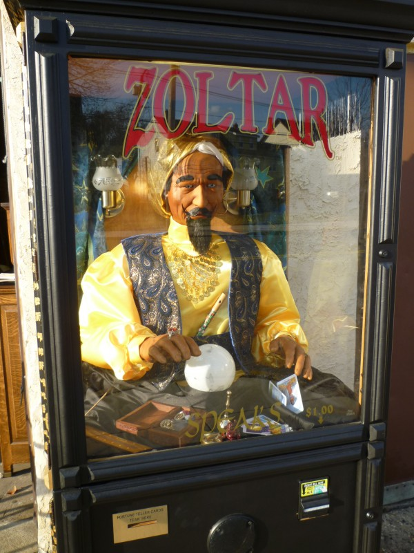 By Here Pay Here >> Zoltar Fortune Telling Arcade Machine « Obnoxious Antiques