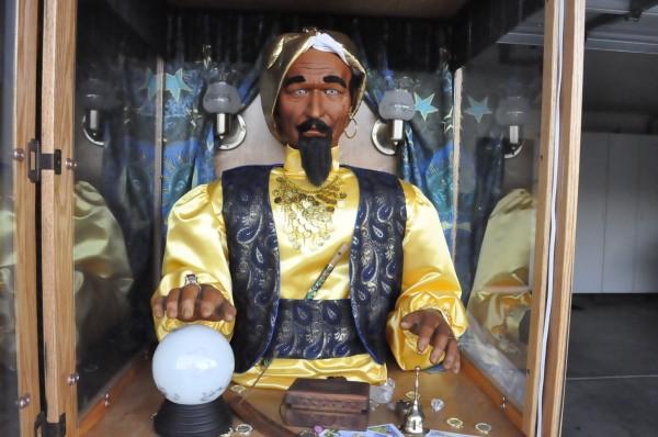 zoltar fortune telling arcade machine  u00ab obnoxious antiques