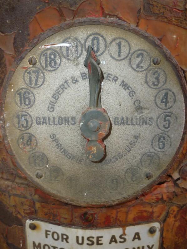 Early 1900s Glibert amp Barker Atlantic Oil Gas Station