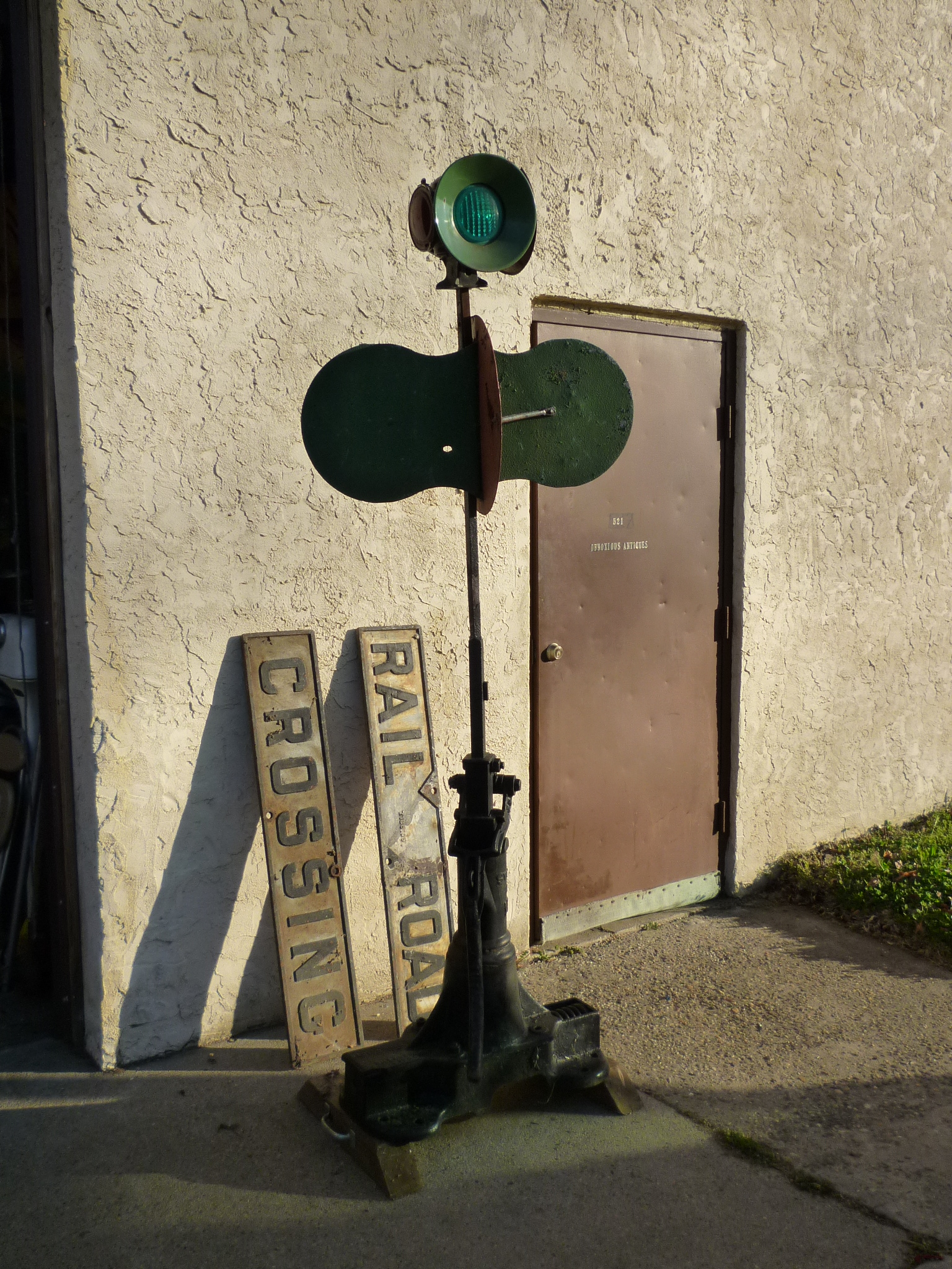 Antique Railroad Switch Signal « Obnoxious Antiques