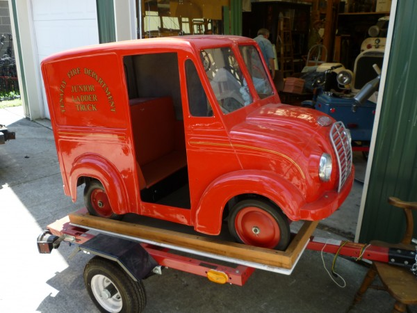 1950's Divco Gas Powered Store Promotion Truck « Obnoxious Antiques