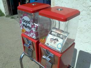 nothwestern gum vendor 3