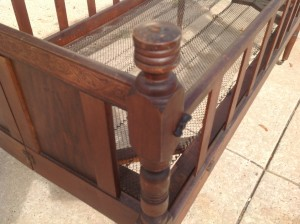 crib antique  1