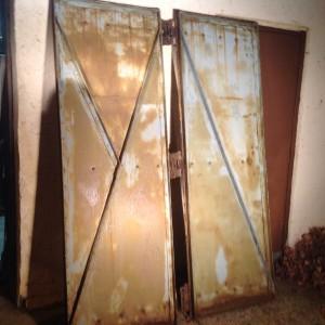 doors factory 4
