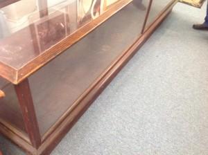 display case 10 foot