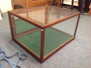 display case small contry store 1