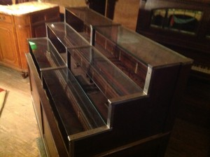 display case cigar mechanical 1