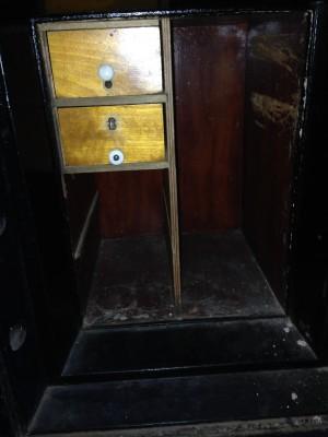 safe antique 4