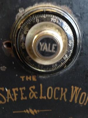 safe antique 5