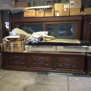 display-case-j-store-16-foot-1