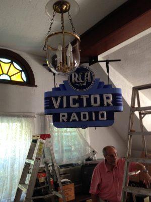 rca-porcelain-neon-radio-sign