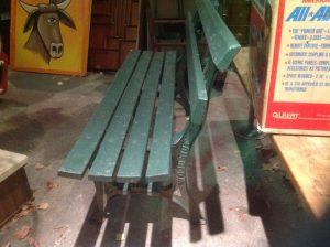 bench-amusement-park-woodside-2