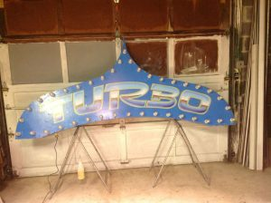 sign amusement park turbo 5