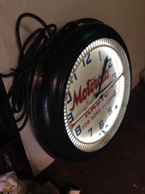 neon clock motorla 2