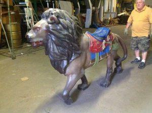 carousel animal lion 1