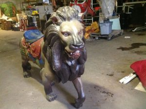 carousel animal lion 3