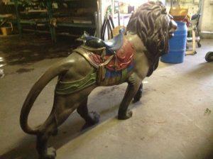 carousel animal lion 4