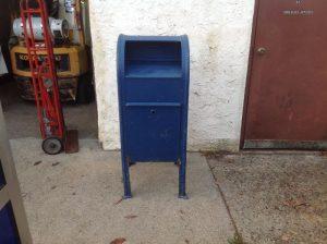mail box letter corner 1