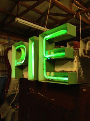 neon pie sign 3