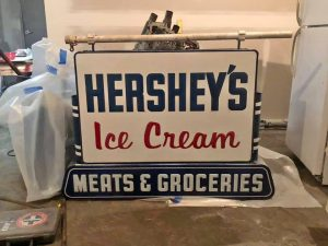 hershey sign double
