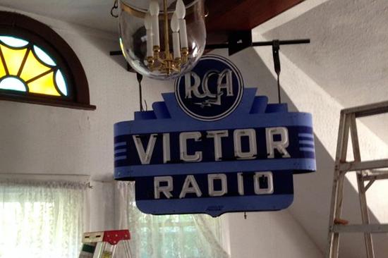 Victor Radio